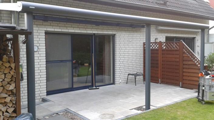 Terrassenüberdachung mit Regenrinne