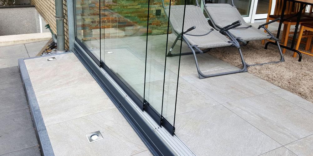 terrassen berdachung seitenteile als schiebe elemente. Black Bedroom Furniture Sets. Home Design Ideas